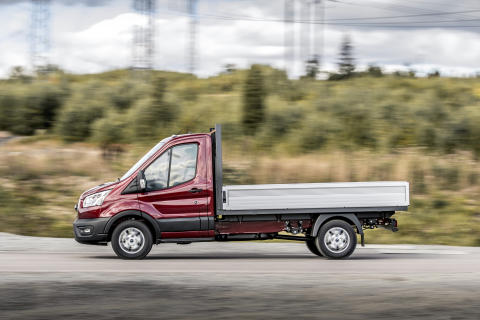 Transit_Chassis_Cab_039