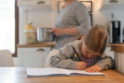 Uusi digipalvelu auttaa perheitä terveempään arkeen