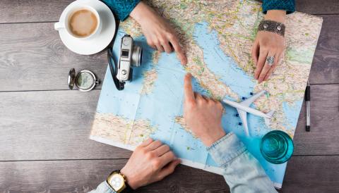 Vi tipser: Slik reiser du på budsjett