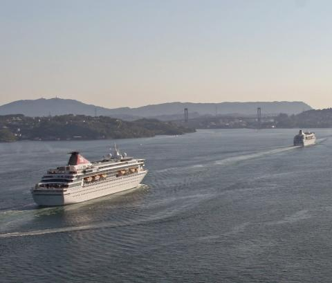 Fred. Olsen Cruise Lines' Black Watch, Braemar and Balmoral to undergo refurbishment at Hamburg's Blohm+Voss in November and December 2014