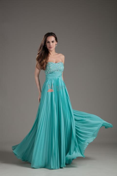 5 tips för att välja den perfekta balklänningen
