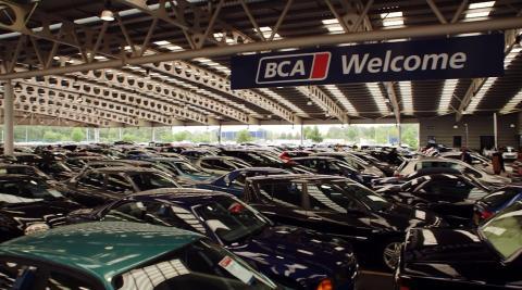 Försäljningen av begagnade personbilar ökade med 2,4 % i november