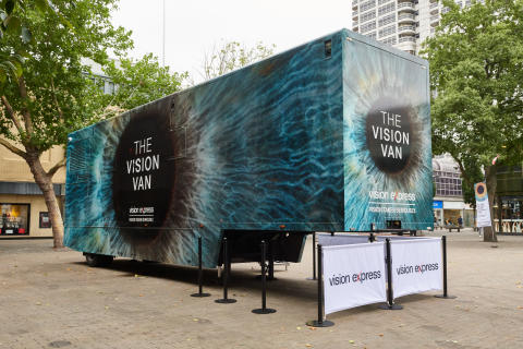 ​Vision Van health initiative hits Swindon, revealing ONE THIRD have never had an eye test