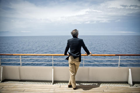 Fred. Olsen Cruise Lines launches 'no single supplement' on selected 2019/20 sailings in its new 'Cruise Sale'