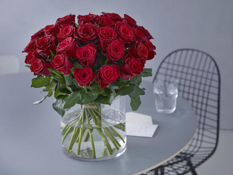 Gi blomster på Valentinsdagen