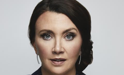 Camilla Läckberg lager såpeserie på Viaplay
