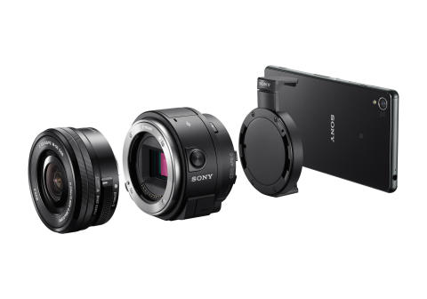 ILCE-QX1 with Xperia