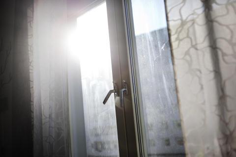 Våldet tar inte semester –  inte heller kvinno- och tjejjourerna