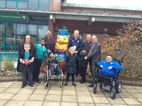 London Midland helps Big Sleuth bear find new home