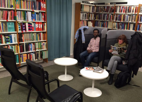Invigningskalas på Brommaplans bibliotek