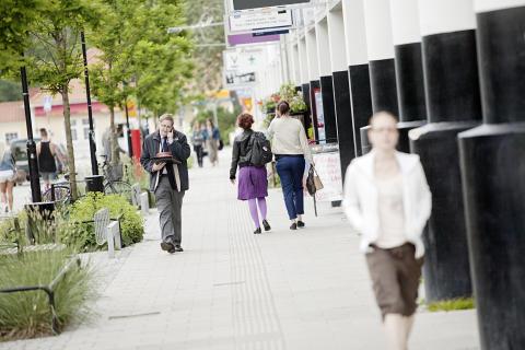Delårsrapport godkänd av fullmäktige i Upplands Väsby kommun
