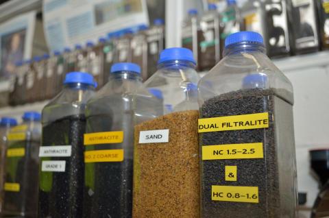 Etter en lang testperiode bestemte Thames Water, vannverket for Stor-London, at alle hurtigfilterne skal bruke Filtralite.