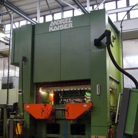 Högteknologisk utrustning för stansning utökar Lesjöfors kapacitet i Tyskland