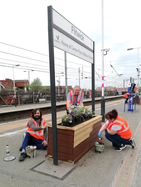 Flitwick station gardening with LTFC