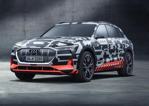 Nu öppnar förhandsbokningen av Audis första helt eldrivna bil