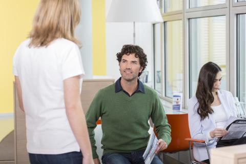 Studie zur Rückentherapie in Deutschland:  GKV und PKV Versicherte haben ähnliche Chancen auf Behandlungserfolg