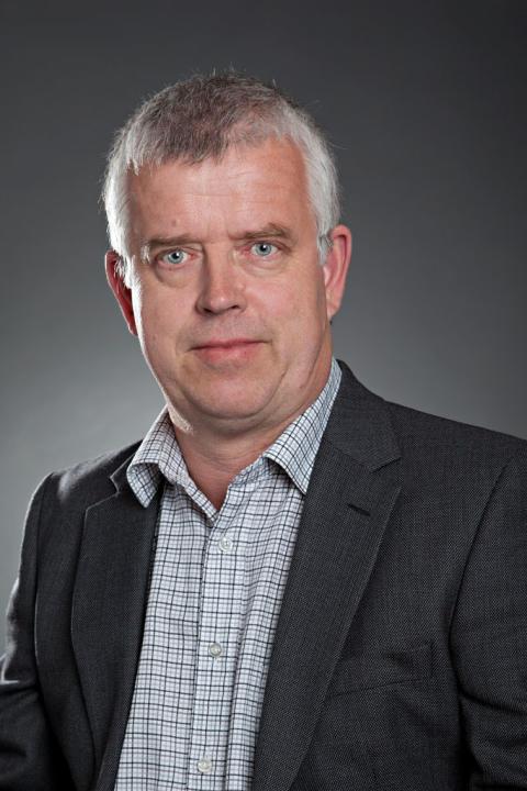 Tomas Holmström, Försäljning