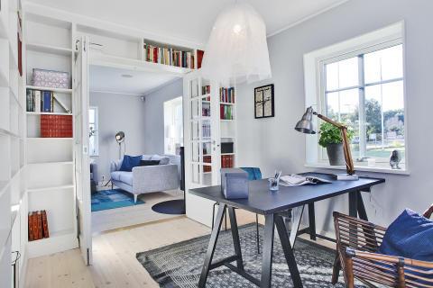 Biblioteket i A-hus nya villa Anneberg på Husknuten