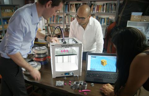 Charity and university expert develop 3D printing solutions to global poverty