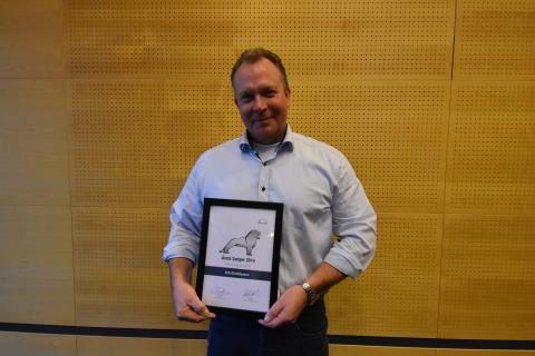 Erik Christiansen, MAN Esbjerg, blev for andet år i træk kåret som årets MAN sælger