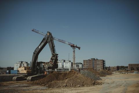 Negativ rekyl för det offentliga husbyggandet