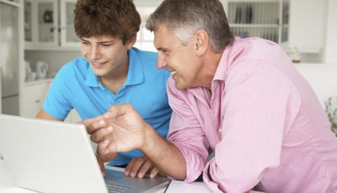 Pratar du med dina barn om näthat? 5 snabba tips.