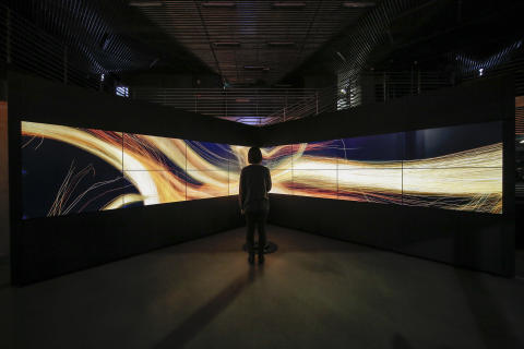 "WOW's original interactive artwork ""UNITY of MOTION"" opens at Hyundai Motorstudio Seoul"