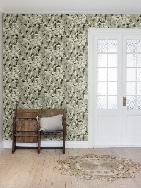 Helen Ekblom - White Lily