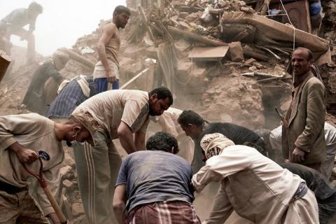 """Nya flyganfall i Jemen: """"Människor dör på gatan"""""""