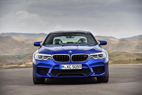 HELT NYA BMW M5