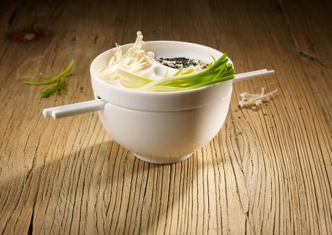 Idéale pour les soupes et autres plats similaires –  Soup Passion : La dégustation d'une soupe devient une véritable tendance en matière de design