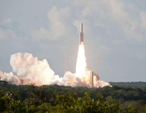 Erfolgreicher Start für EUTELSAT 8 West B