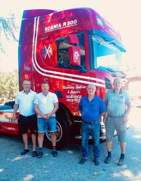 Ny Scania i anledning af chaufførs 25 års jubilæum