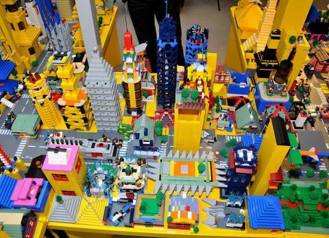 Et tonn lego venter!