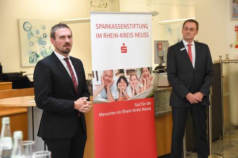 Spendenvergabe der Sparkassenstiftung im Rhein-Kreis Neuss in Dormagen
