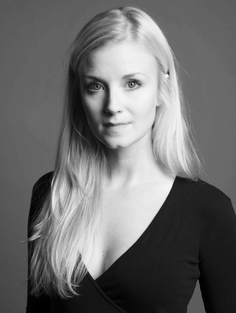 Emmi Christensson ny artist hos 2Entertain
