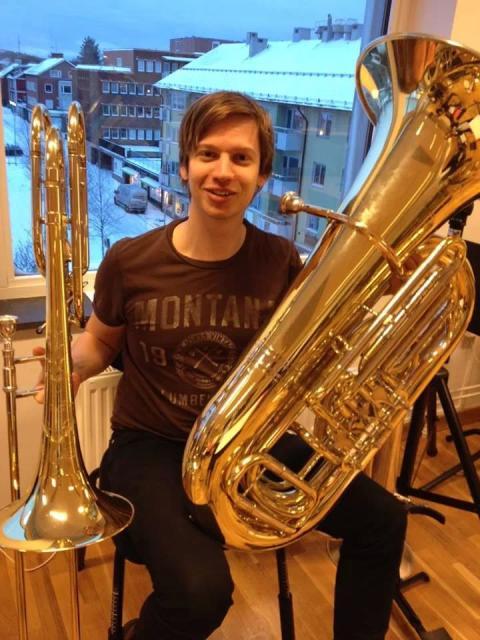 Bastrombonisten Kristoffer Siggstedt, masterstudent vid Kungl. Musikhögskolan (KMH) och 2014 års Hasselgårdstipendiat.
