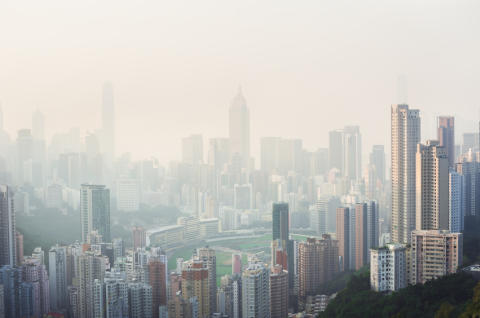 Polluted air may increase risk of cancer, new study indicates