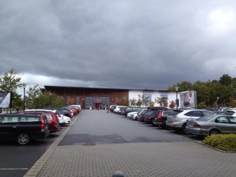 Catella Real Estate AG förvärvar handelsfastighet i Barkarby av Aberdeen