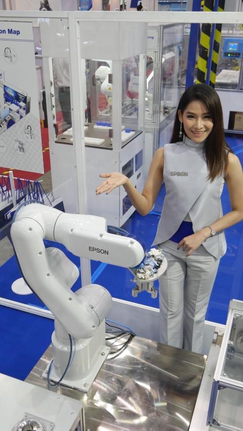 เอปสันโชว์นวัตกรรมเพื่องานอุตสาหกรรม ในงาน Assembly and Automation Technology 2018