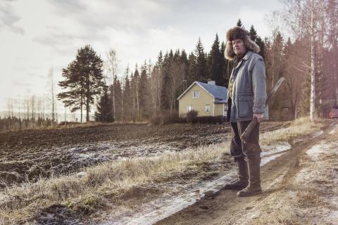 Stillbild ur Kverulanten (Mielensäpahoittaja, 2014).