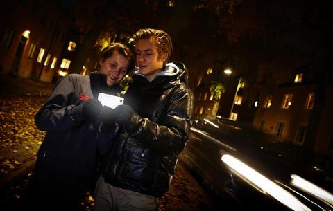 På höstlovet försvinner många ungdomar ut i mörkret