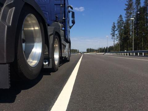 Lastbil för testning av autonoma funktioner