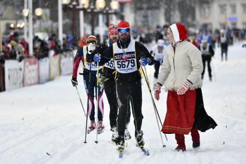 Prins Carl Philip i mål på Vasaloppet 2019