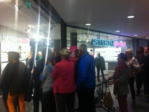 Ny butik: Smarteyes skänker glasögon till socialt utsatta i Umeå