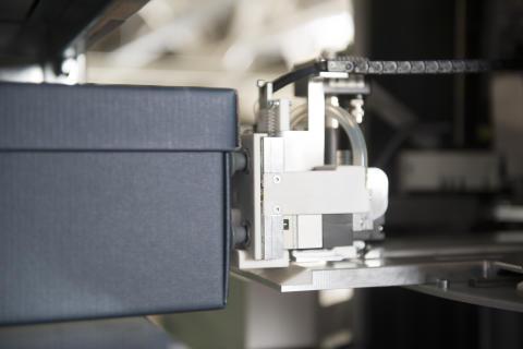 Der Roboter TORU im Einsatz bei Meyer & Meyer