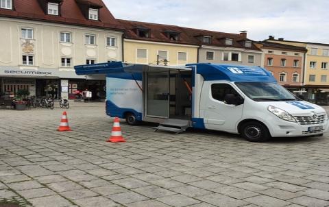 Beratungsmobil der Unabhängigen Patientenberatung kommt am 31. März nach Deggendorf.