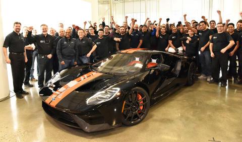 Produksjonen av supersportsbilen Ford GT er nå igang.