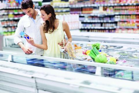Kreativa installatörer och nya fläktlösningar kan hjälpa matbutiker att spara energi och få kunder som trivs