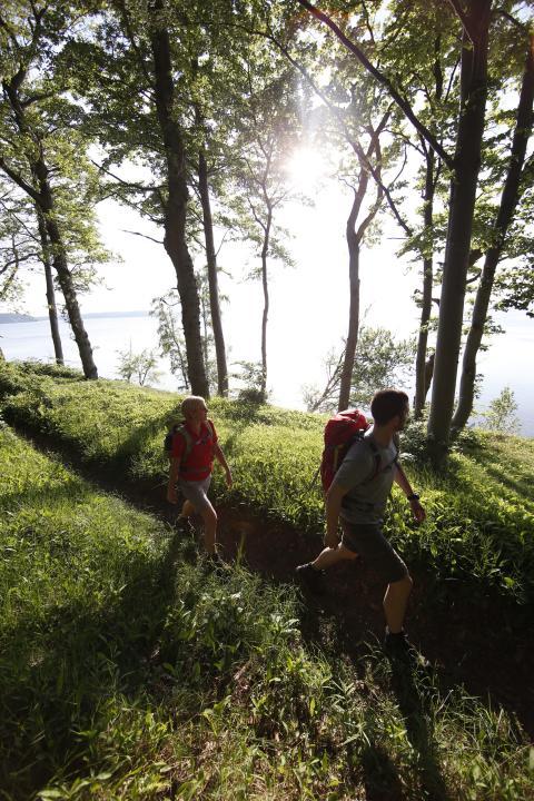 Der SportScheck WanderHerbst führt die Teilnehmer durch die Harzer Natur oder die Ammergauer Alpen